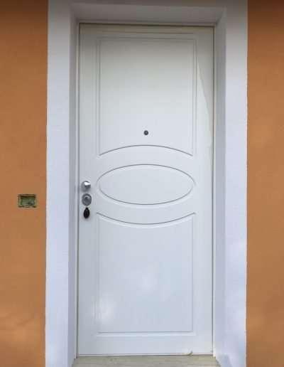 Frascati_RM-Portone_blindato_Classe_3