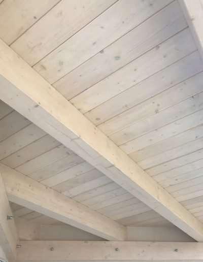 Porticato_in_legno_lamellare